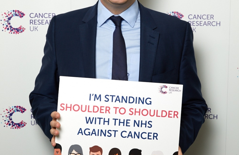 William Wragg MP supporting Cancer Research UK's  #Shouldertoshoulder pledge